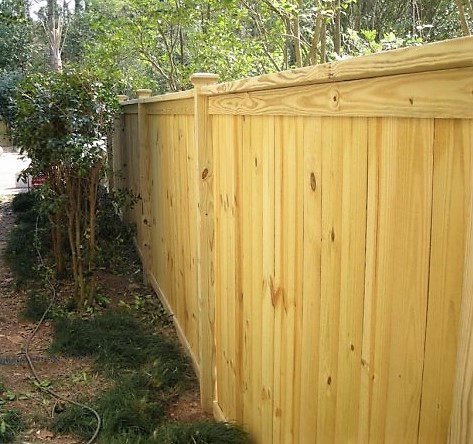wood fence with cap (2)