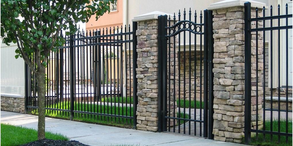 Estate Gate-classic 1